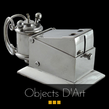 Antique objects d'art